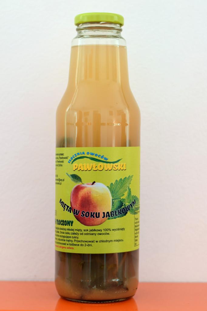 Mięta w soku jabłkowym